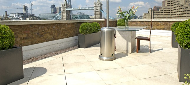 Roof terrace paving London