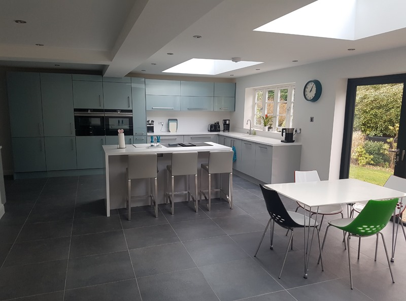 Large kitchen with Bolzano Graphite tiles