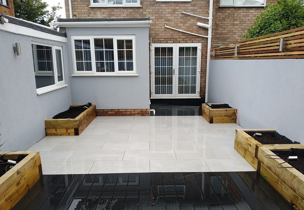 Back garden with Stoneware Silver porcelain paving